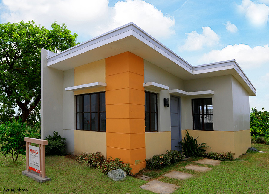 Valle dulce at pueblo solana house and lot located at for How to build a model pueblo house